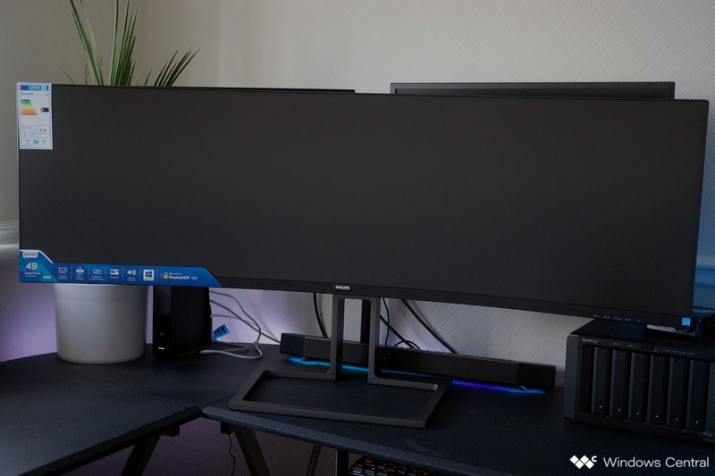 Philips Brilliance 499P9H 49-Inch Monitor Review